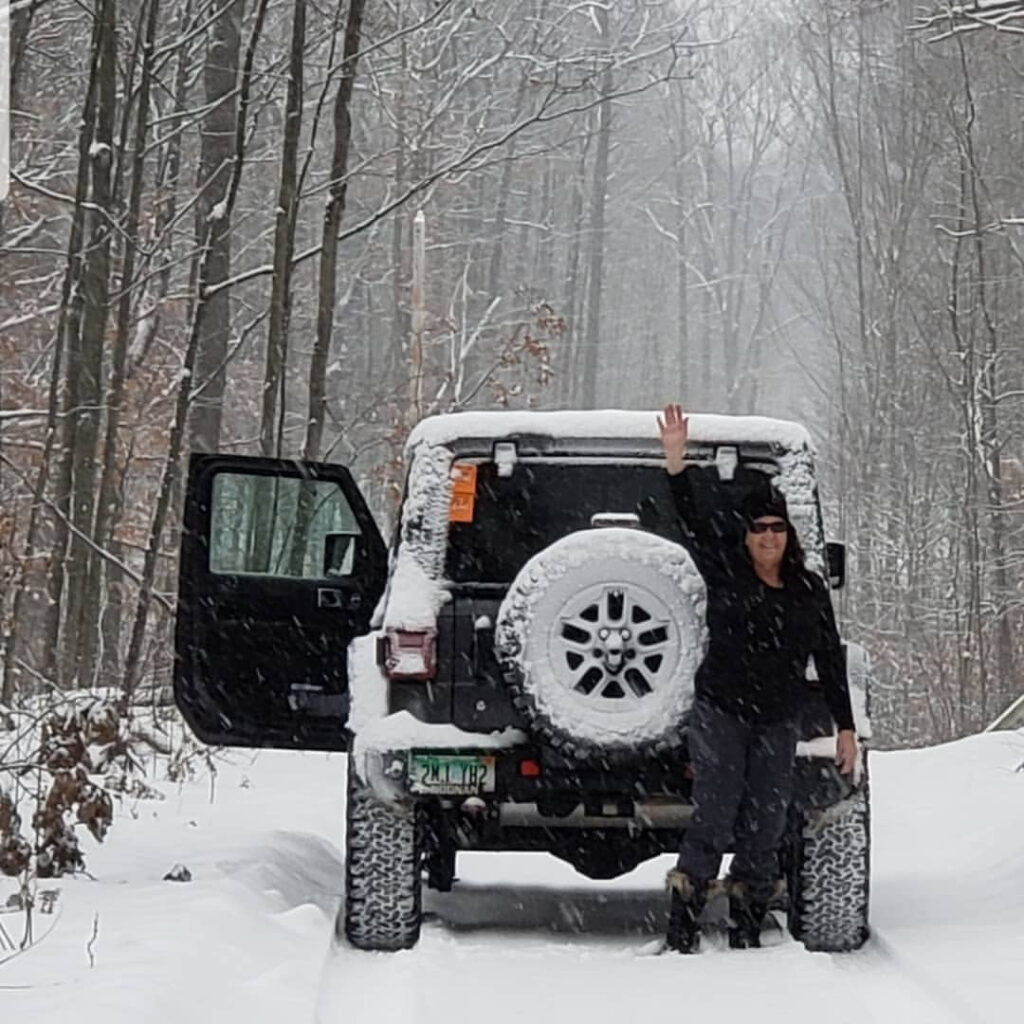 carmen jeep girl snowy